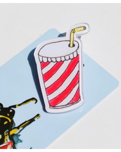 Пластиковый значок Cola