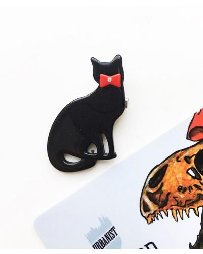 Пластиковый значок Black Cat