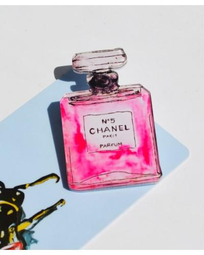 Пластиковый значок Chanel #5