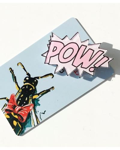 Пластиковый значок Pow