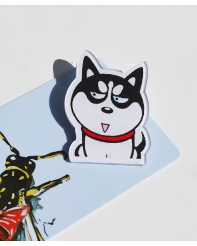 Пластиковый значок Husky